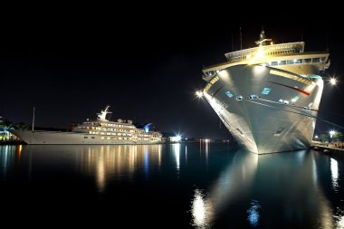 Modern yacht and cruise liner