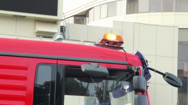 Noodgevallen Oranje Lampjes Boven Op Vrachtwagen Auto Stockvideo