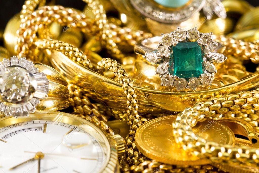 картинки много украшений золото будет удобнее теплее