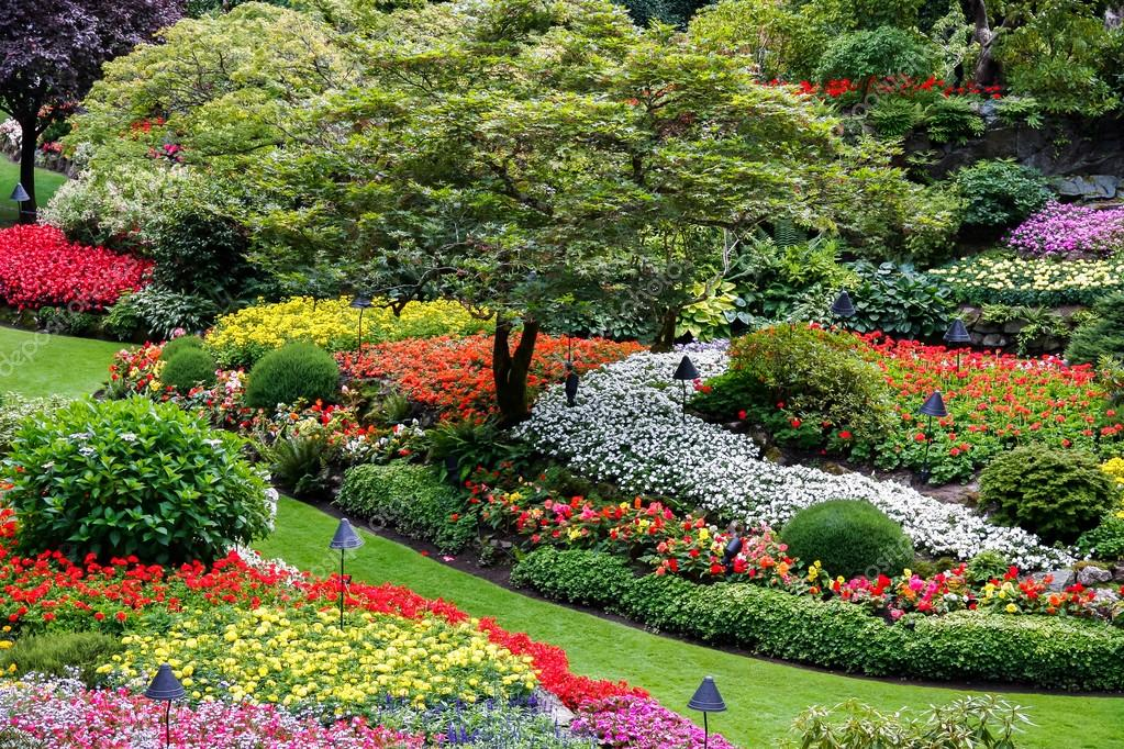 Butchart gardens brentwood bay near victoria vancouver island butchart gardens brentwood bay near victoria vancouver island british colombia canada photo by philbird thecheapjerseys Choice Image