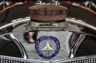 Vintage Mercedes radiator cap and badge