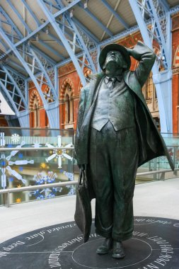 John Betjeman statue on display at St Pancras International Stat