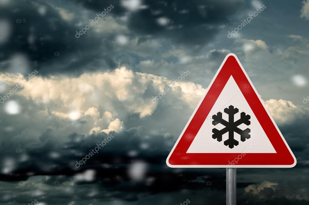 Winter driving - risk of snow and storm - caution