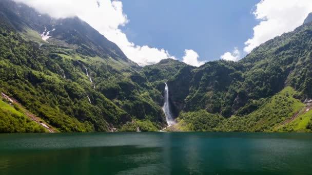 Lac doo vodopád, timelapse, Francie