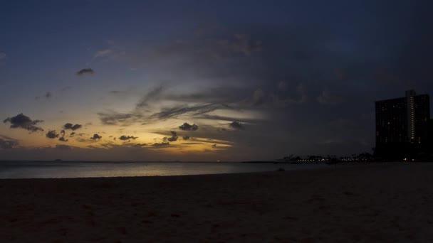 pláž Waikiki, západ slunce, timelapse, honolulu, oahu, hawaii, usa