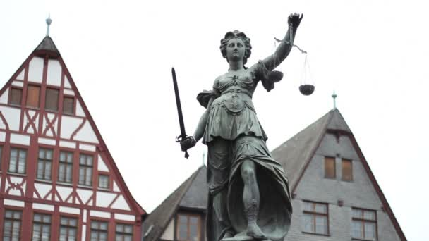 Lady igazságszolgáltatás emlékmű