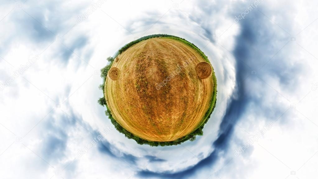 Stereographic projection of hay bale field