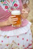 Fényképek nő, sör