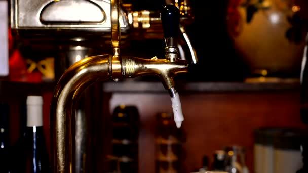 pivo v hospodě