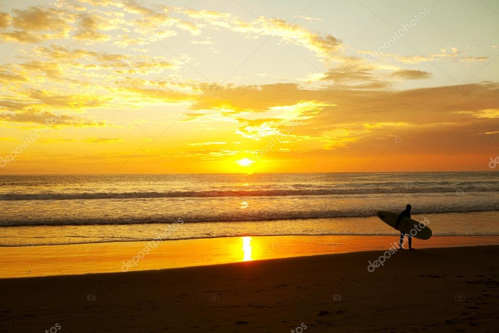 surfer beach