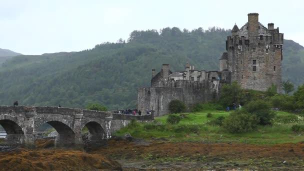 Eileen donan castle v skotské vysočiny