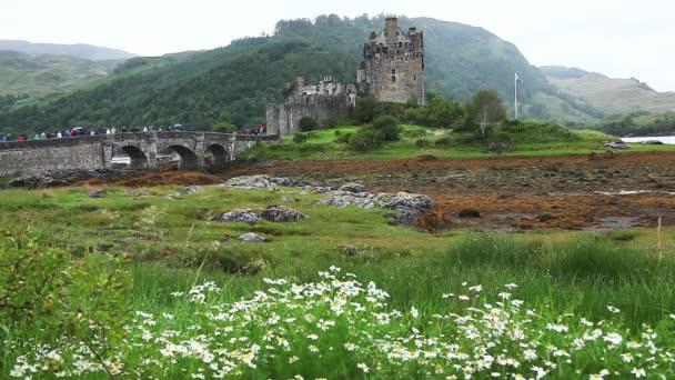 bellissimo castello di eileen donan nelle highlands della Scozia