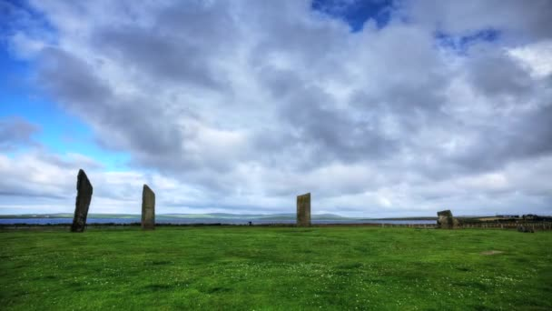 timelapse kameny stenness, malý kruh stojící kameny v orkney, Skotsko, to je poblíž další neolitické kamenné struktury, jako kruh v brodgar a watchstone