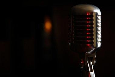 Retro microphon