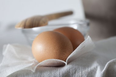 Eggs enter in the composition of natural recipes