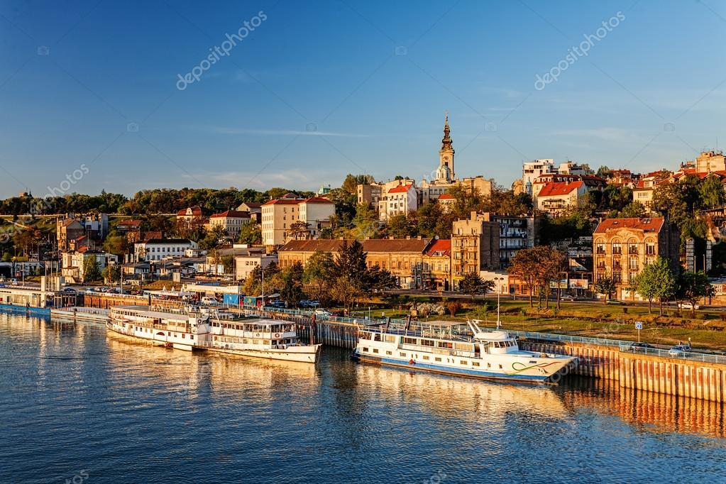 Βελιγράδι από τον ποταμό Σάβα — Φωτογραφία Αρχείου