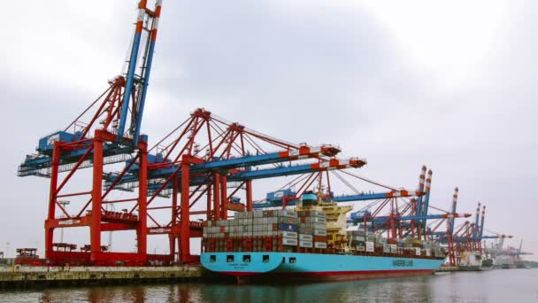 časová prodleva kontejnerové lodě, načítání a uvolňování v Hamburku