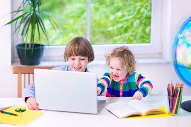 Kids with a laptop