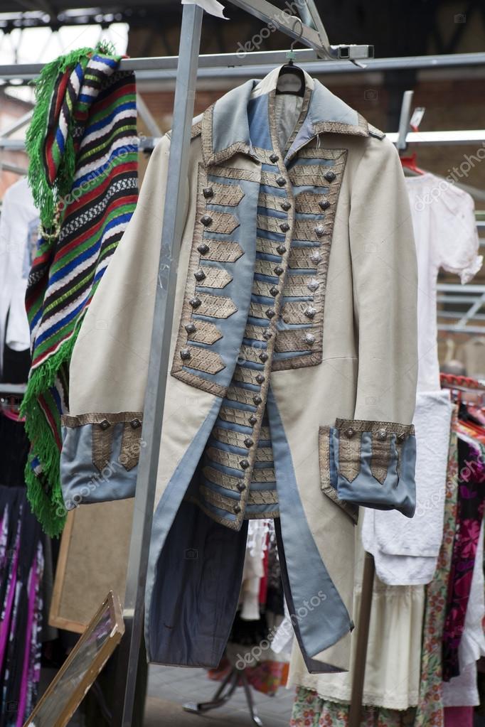 971d98f6f489 vintage ρούχα — Φωτογραφία Αρχείου © elenarostunova  45373057
