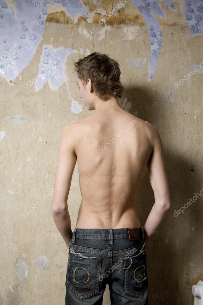Nudo skinny nero adolescenti