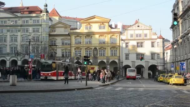 timelapse z Pražské ulice s tramvají
