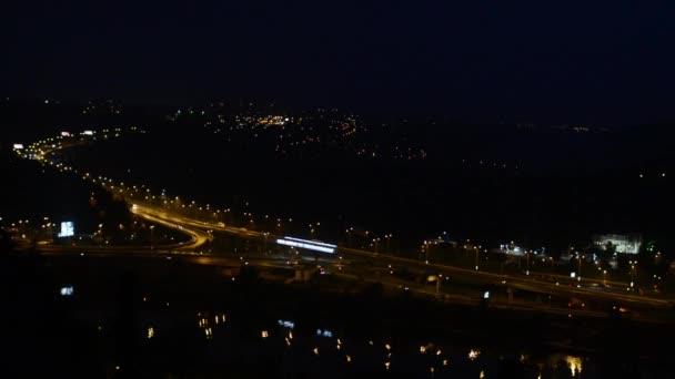 noční město (silnice) - Praha, Česká republika