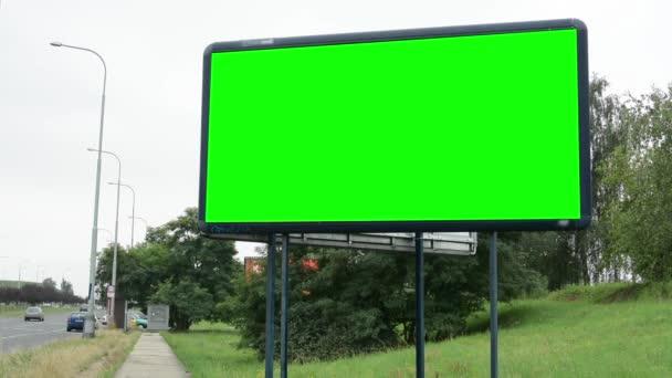 a road - zöld képernyőn a Billboard
