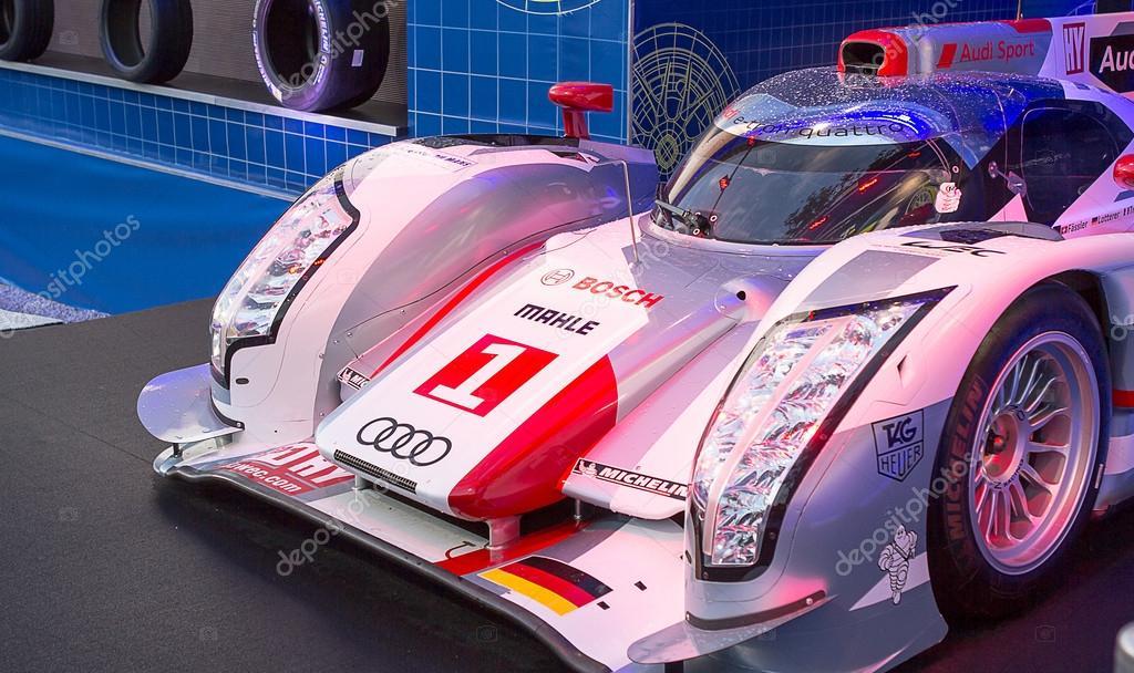 Audi in garage at Le Mans 2013