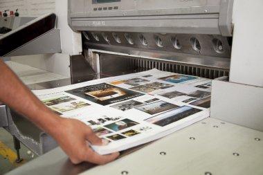"Картина, постер, плакат, фотообои ""лист вытащил из печатного станка"", артикул 46353969"