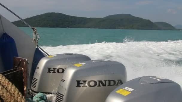 Schnellboot auf dem Weg