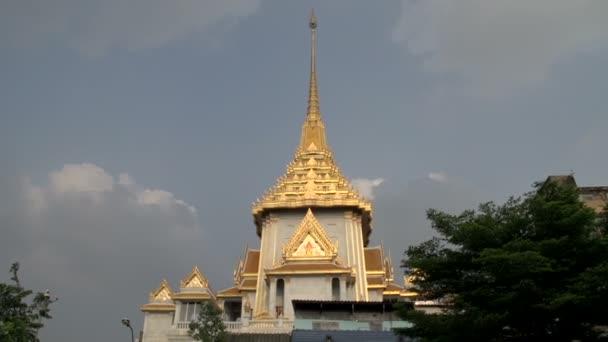 Phra Maha Mondop Wat Traimitr Witthayaram