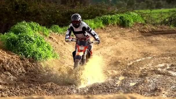 motokros bahenní lázeň super zpomaleně