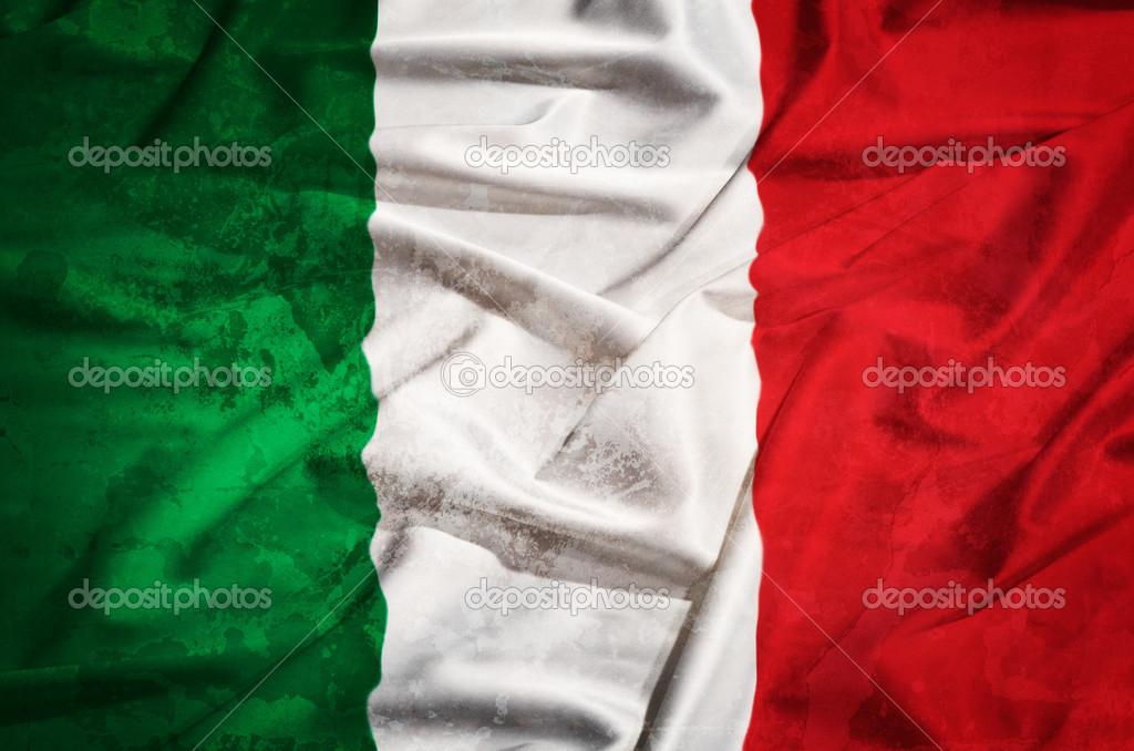 itali grunge vlag op een zijden gordijn stockfoto