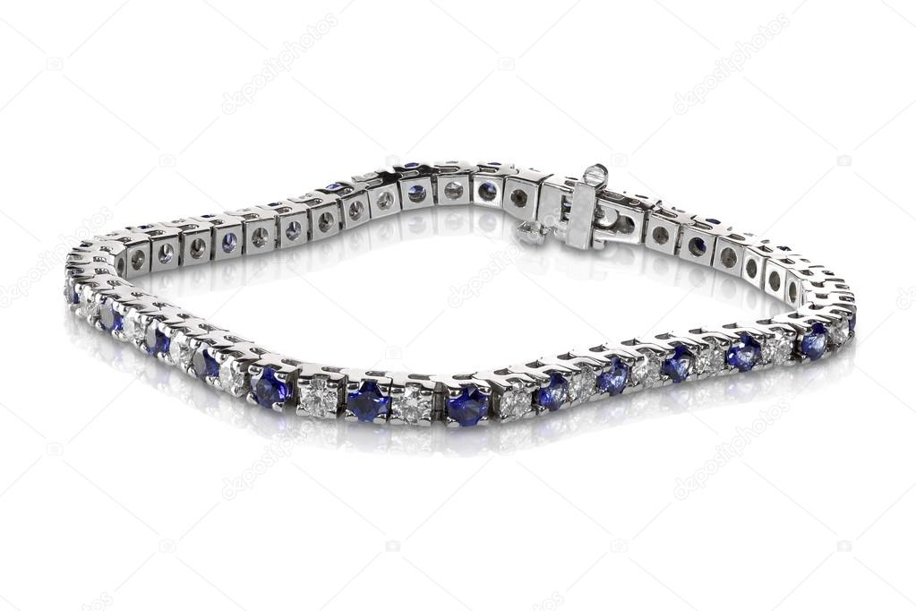 898557e6ca Elszigetelt fehér gyémánt és zafír tenisz karkötő — Fotó szerzőtől  fruitcocktailcreative| ...