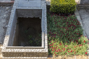 Two tombs in a cemetery