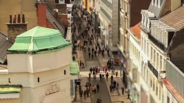 Elfoglalt Brüsszel bevásárló utca.