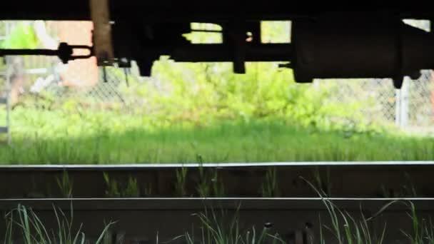 Železnice s vlakem kolem