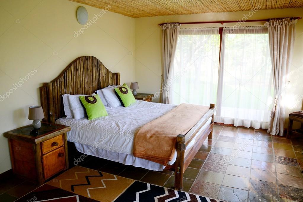 chambre de style africain — Photographie mipam © #47555057