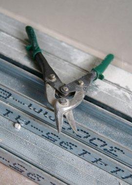 Scissors for metal cutting
