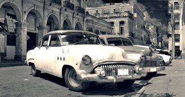 Old Havana cars panorama b&w