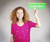 mladý student stisknutím dozvědět více dno