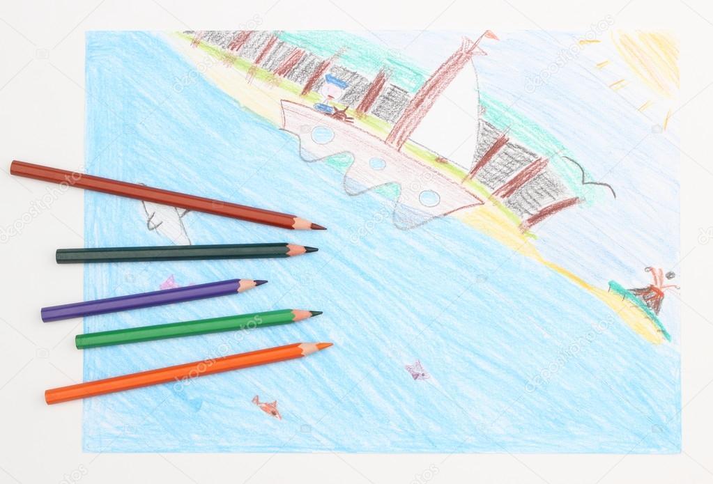 Barevne Detske Kresba Lodi Na Mori A Pastelky Stock Fotografie