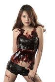 mladá sexy asijské žena pokryté tmavou čokoládu
