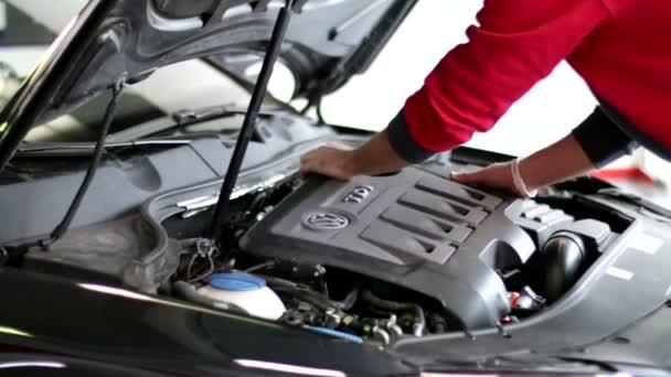 vakuová pumpa auto opravy 01