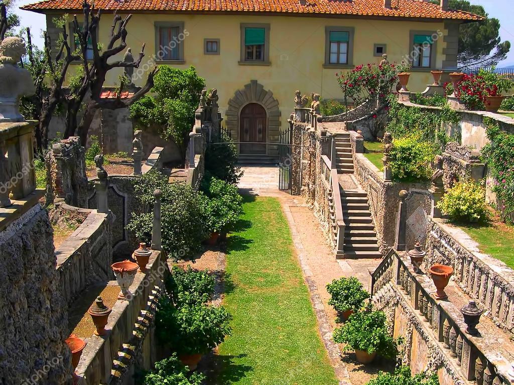 Jardin l 39 italienne settignano en toscane italie - Jardin a l italienne ...