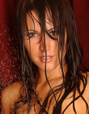 Wet Face Shot - Brunette