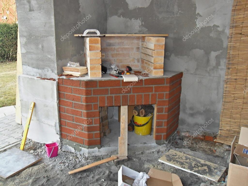 Costruire un camino in casa camino di palazzetti with for Come costruire un camino di adobe