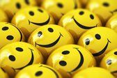 Felice smiley giallo