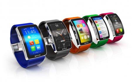 Photo pour Mobilité d'affaires créative et concept technologique moderne de dispositif portable portable : collection de montres intelligentes numériques couleur ou horloges avec interface d'écran coloré isolé sur fond blanc avec effet de réflexion - image libre de droit