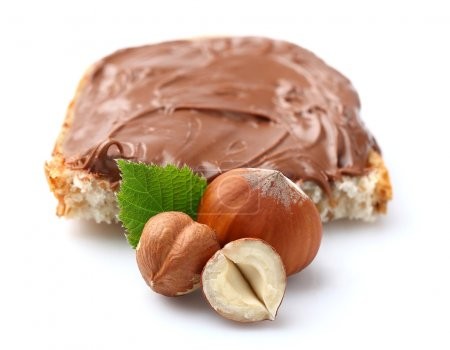 Nuts with chocolate cream